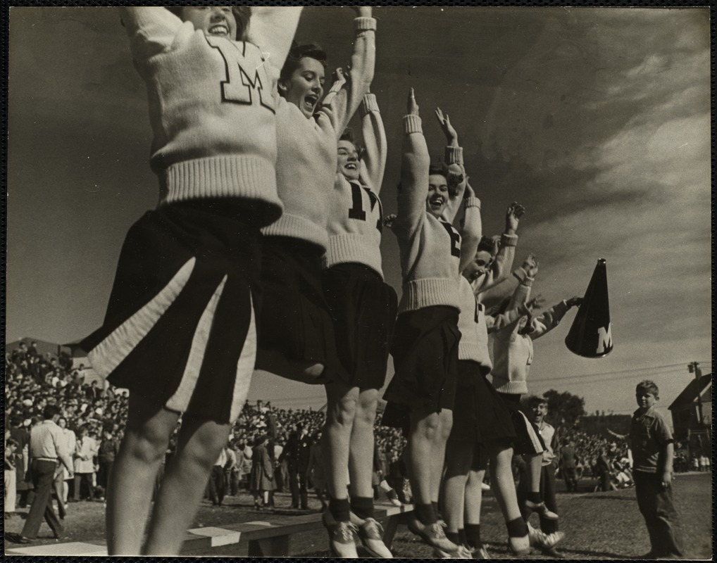 AG Archive- Winchester high school cheerleaders