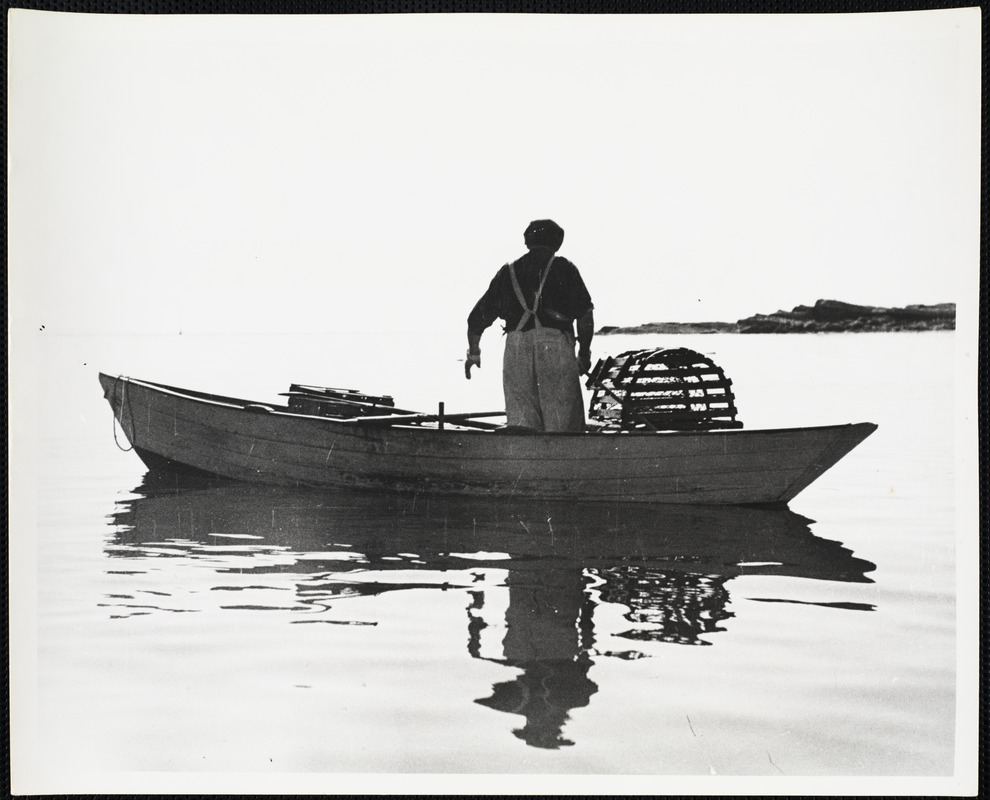 AG Archive- lobsterman on the water