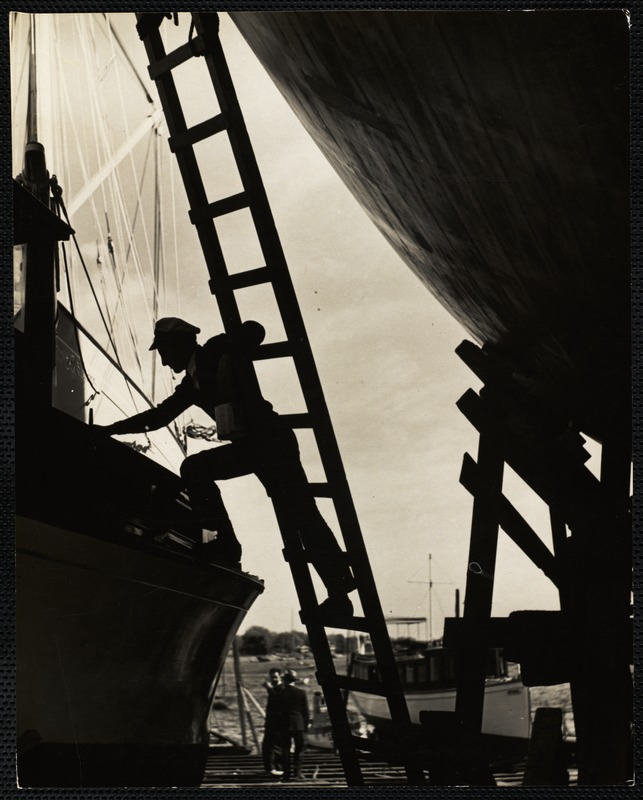AG Archive- shipyard labor