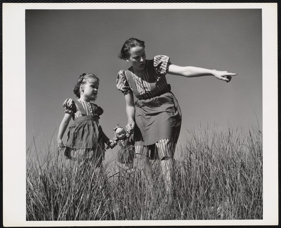 AG Archive- woman and young girl in Dennis, MA